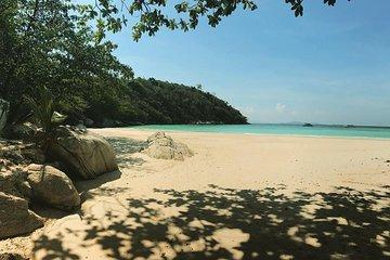 Ab Phuket: Koh Racha Yai & Banana Beach Tagesausflug