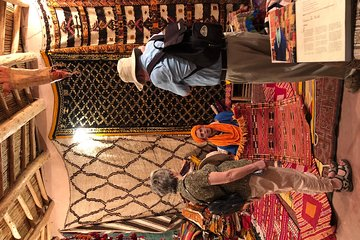 SOUKS SHOPPING TOUR - Spices, Rugs and Lightings: SMELLS, COLORS & SOUNDS