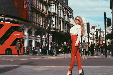 Exclusive London Fashion Tour with a Stylist