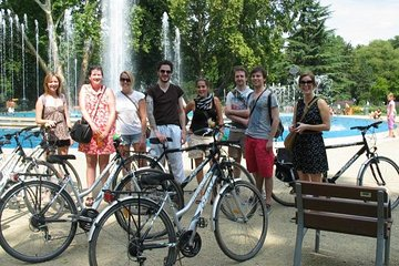 Budapest by Bike with a Goulash Meal