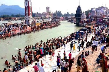 Private Tour: Rishikesh and Haridwar Day Tour from Delhi
