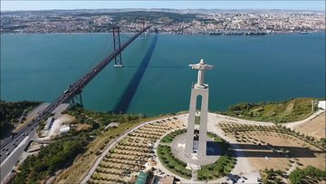 Lisbon 2 Biggest Bridges Private Tour with Outlet Shopping & Lunch