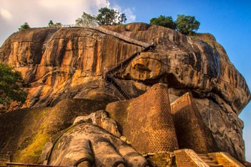 ExploreSL Private Sigiriya tour with...