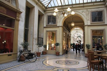 The Covered Passages of Paris: Small-Group Walking Tour
