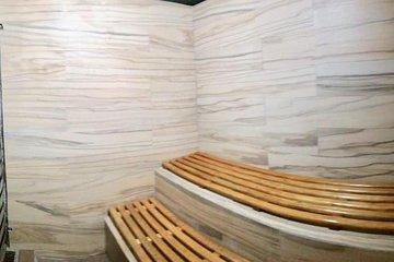 Wellness Day: massaggio con sauna