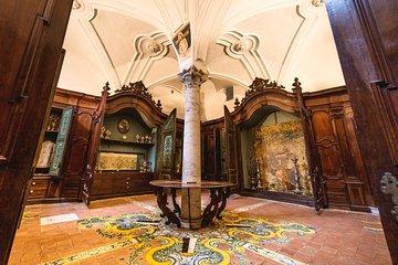 サン・ドメニコ・マッジョーレ博物館:スキップ・ザ・ラインとガイド付きツアー