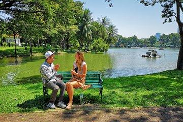 Bangkok Undiscovered: Slum and Lizard Spotting Tour in Lumpini Park