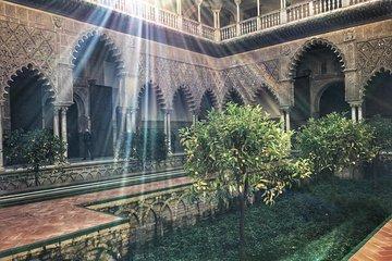 Real Alcázar Y Catedral