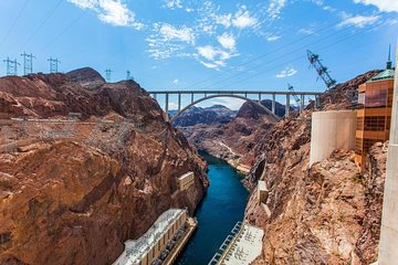 Hoover Dam Tours >> Hoot And Hoover Dam Tour With Comedian Guide 2019 Las Vegas