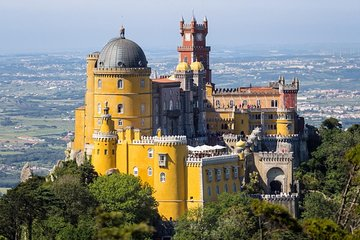 Sintra Tour Wine Tasting and Pena Palace Private Tour