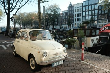 Chocolate Tour in Vintage Fiat 500