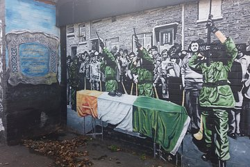 IRA Troubles Conflict Private Tour including Murals and Political Analysis Tickets