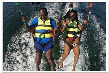 Parasailing in Cancun Beachside Including Transport
