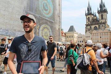 Prague Old Town Walking Tour with Cafe Stop