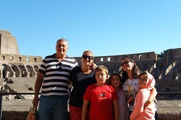 Kid-friendly private Colosseum tour