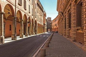 Photographic Bike Tour of Bologna