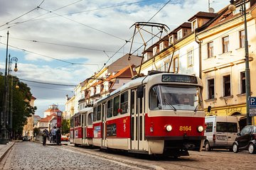 Withlocals 90 Minutes Kickstart: Prague Safe & Private Tour with a Local Expert