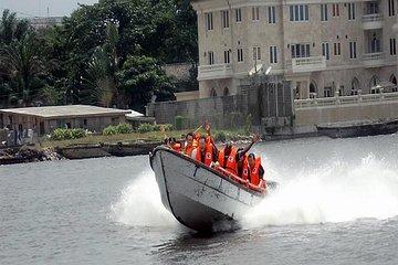 Crucero en barco por Lagos