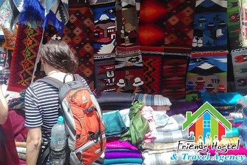 Tour Full Day a Otavalo y Más con...