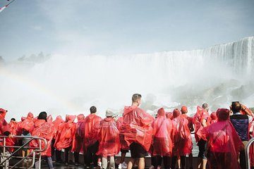 Tour to Niagara Falls with Cruise