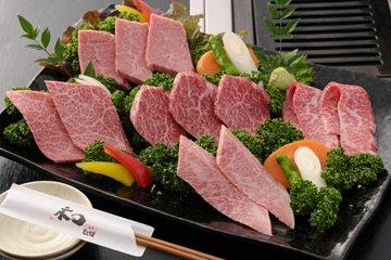 Tokyo Robot Restaurant Show Including Kobe Beef Dinner at Yakiniku Motoyama