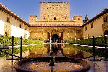 Alhambra Palace & Generalife Gardens daytrip from Roquetas, Aguadulce & Almeria