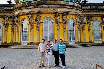 Tour privado español a Potsdam en...