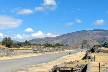 Save 15.00%! Private Tour Layover in Mexico know Teotihuacan and Guadalupe Shrine