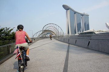 Cycle in Singapore like a local! Eat like a local!