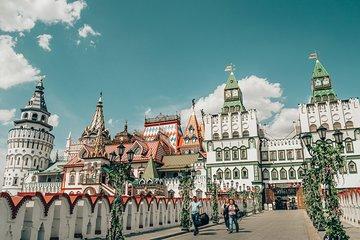 Izmailovo Flea Market and Kremlin in Izmaylovo with Private Guide