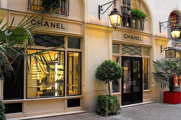 Coco Chanel's Paris Walking Audio Tour by VoiceMap