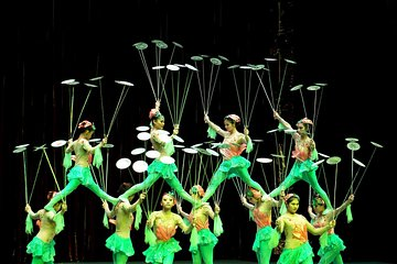 Beijing Roast Duck Banquet and Acrobatics Show with VIP Seats Evening Tour