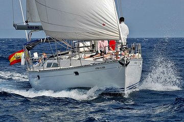 Private Sailing Half Day Through The Bay of Palma