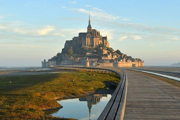 Private Transfer from Paris to Mont Saint-Michel - Up to 7 people
