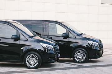Private Arrival Transfer London Stansted Airport to London City Center