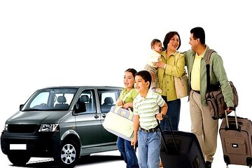 Private Minivan (8 seats) Transfer from Dublin Airport to Hotels