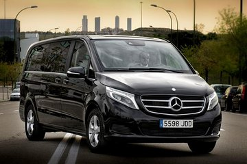 Berlin City Departure Private Transfer to Berlin Schönefeld Airport SXF in Luxury Van