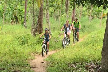 Halbtägige Familien-Radtour in Koh Phangan