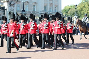 VIP London:Walks Changing of the Guard Rock 'n' Roll Jack the Ripper & Hard Rock
