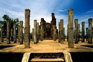 ホリデーウォーカースリランカを含む古代都市探検家12日間11泊