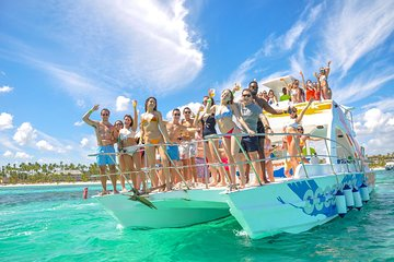 Small Group all inclusive Snorkeling Cruise at Punta Cana with Private Beach