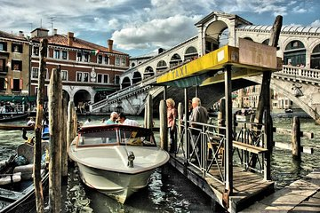 Shuttle from Marco Polo airport to Venice