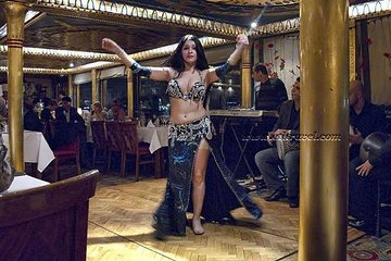 Nile cruise in Cairo with belly dancing