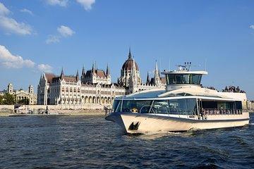 Budapest Daytime Sightseeing Cruise by Legenda City Cruises