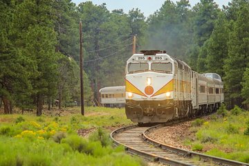 Grand Canyon Railway (Williams) - 2019 Book in Destination - All You