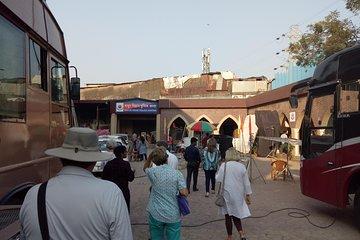 Mumbai Bollywood Studio Tour in Private Vehicle