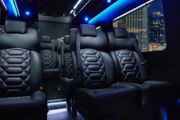 New York City Airport Arrival Transfer by Luxury Sprinter Van 1-13 Passengers