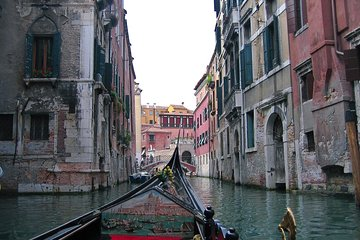 30-minute Private Gondola Ride in Venice