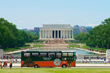 DC: Hop-on Hop-off Trolley + Monuments by Moonlight Combo