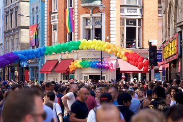 London Gay Tour with a Local, Soho's LGBTQ+ Nightlife, Private & Custom ★★★★★